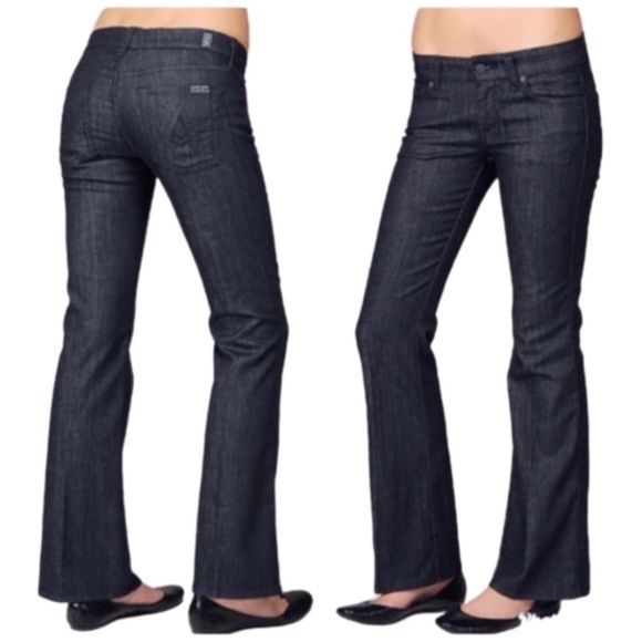 """7 For All Mankind """"A"""" Pocket Flare Jeans Size 29"""